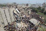 Bangladess verksmiðja hrun